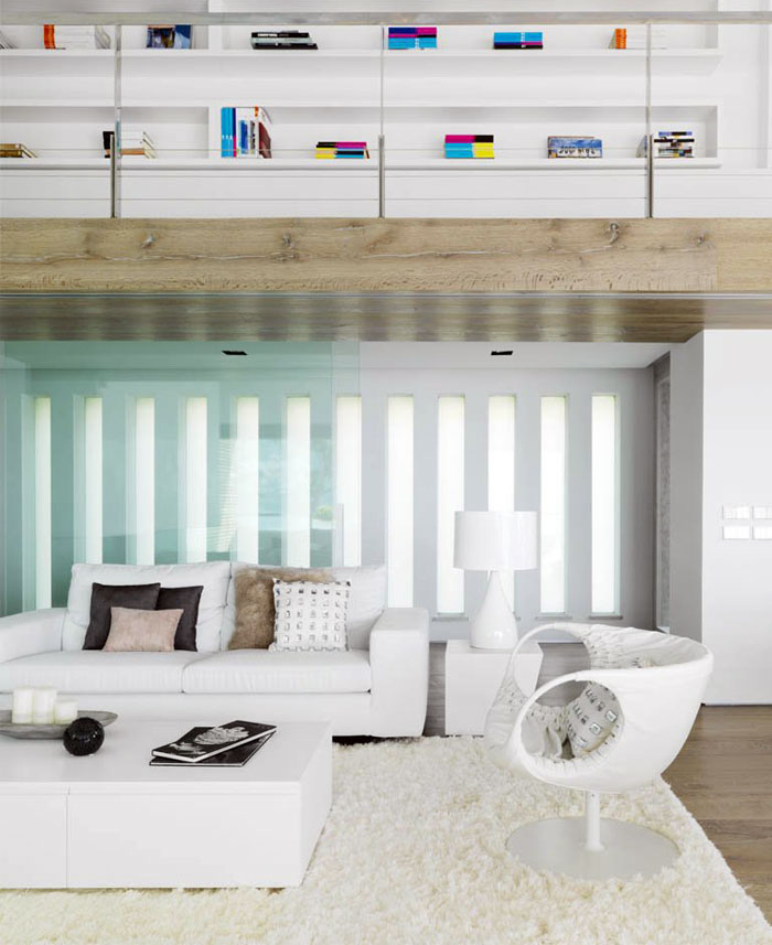 white-leather-furniture -living-room