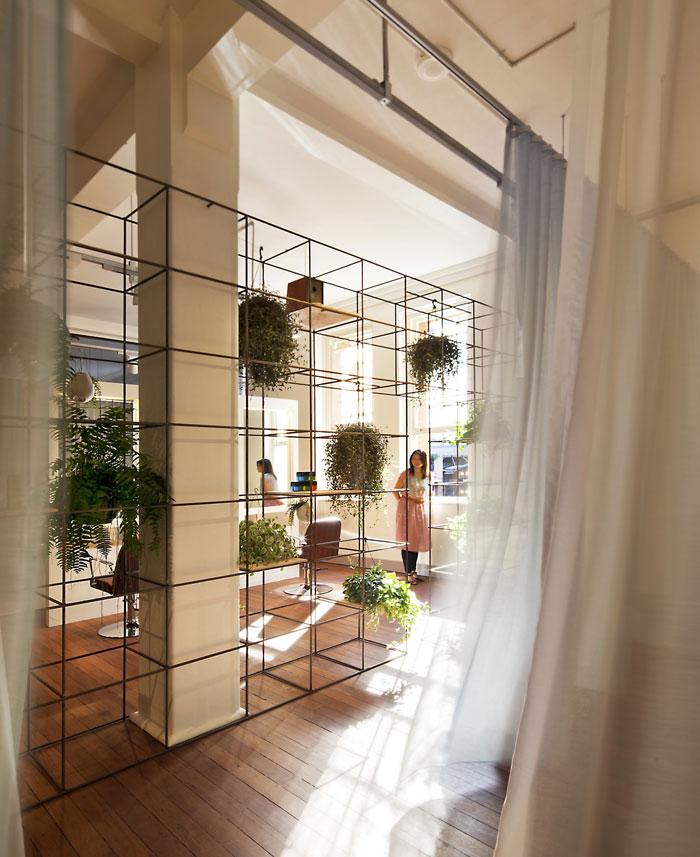 dividing-spaces-curtains