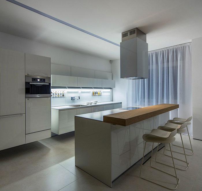 large-kitchen-white