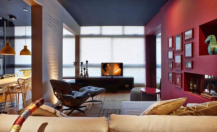 large-windows-unique-interior-living-room