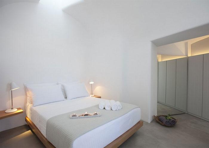 restored-house-bedroom