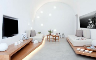 restored-house-living-room-concrete-floor