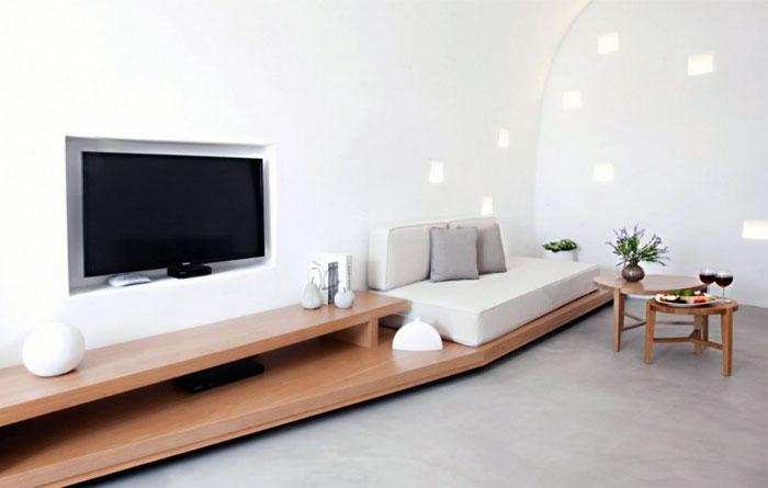 restored-house-tv-furniture