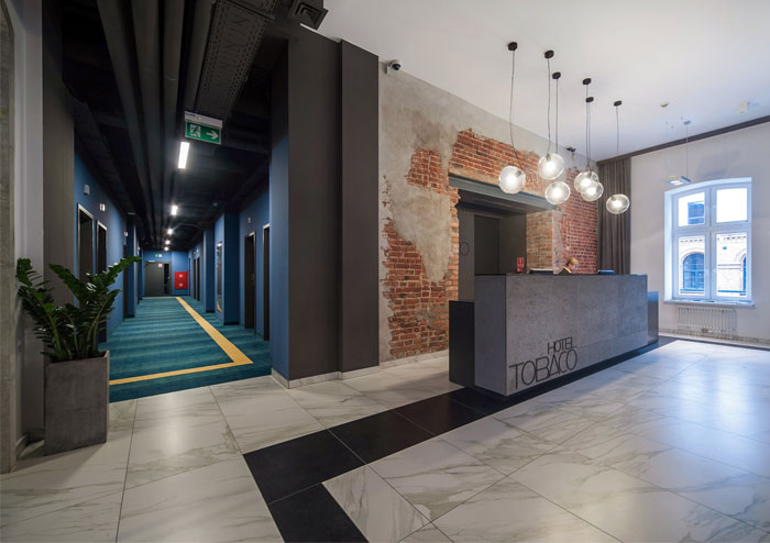 Modern hotel with industrial background interiorzine for Industrial hotel design