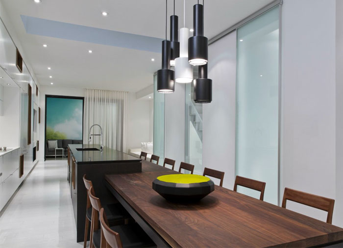 Sustainable interior entirely in white interiorzine - Modern infill house cecconi simone ...