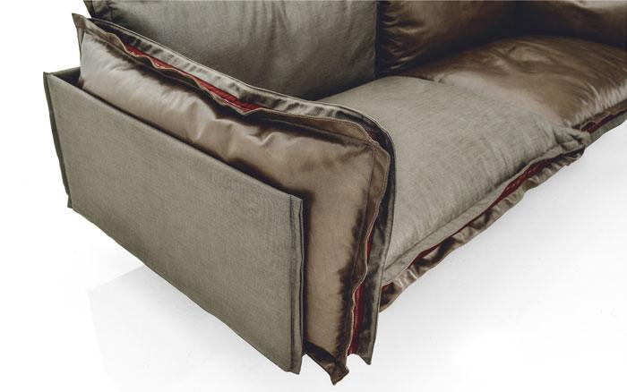 built-in-zipper-sofa