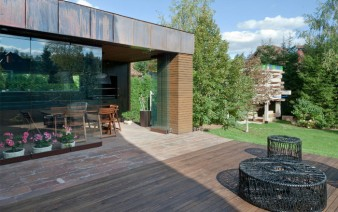 russian-house-garden-2