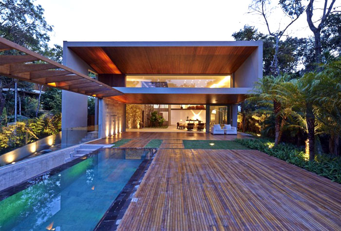 beautiful-residence-pool-area