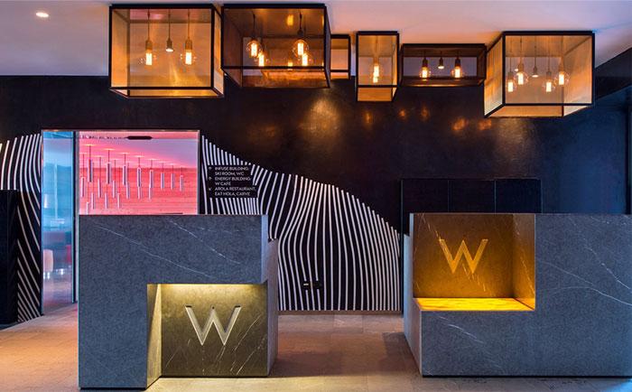 contemporary-cozy-retreat-hotel-loby-1