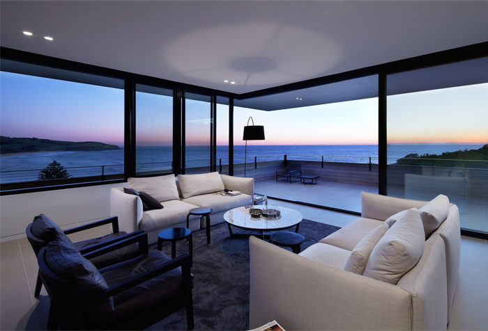 elegant-interior-breathtaking-ocean-view