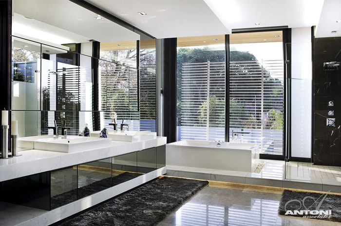 glamor-style-bathroom