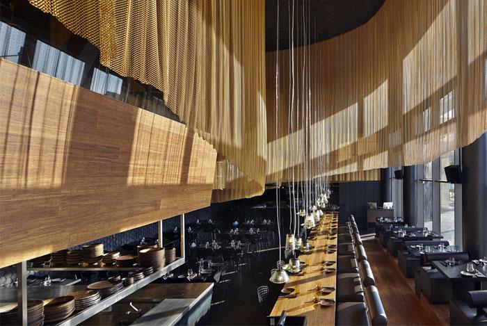 Nhà hàng trang trí nội thất ở Golden Color Scheme nhà hàng màu vàng trang trí