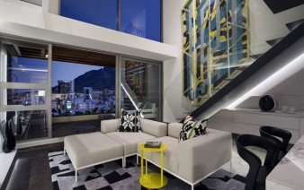 interior-living-room-graphic-elements-rug