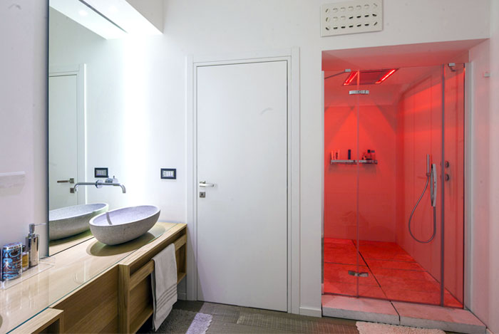 luxurious-top-apartment-bathroom