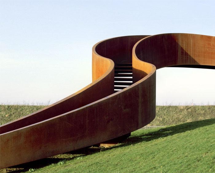 metal-strip-stair