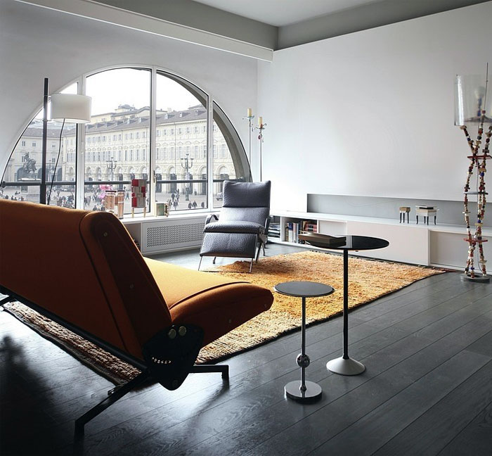 Mezzanine Apartment Overlooking The Square By Uda