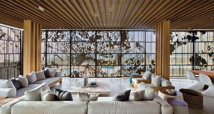 natural-texture-upholstery-wooden-elements