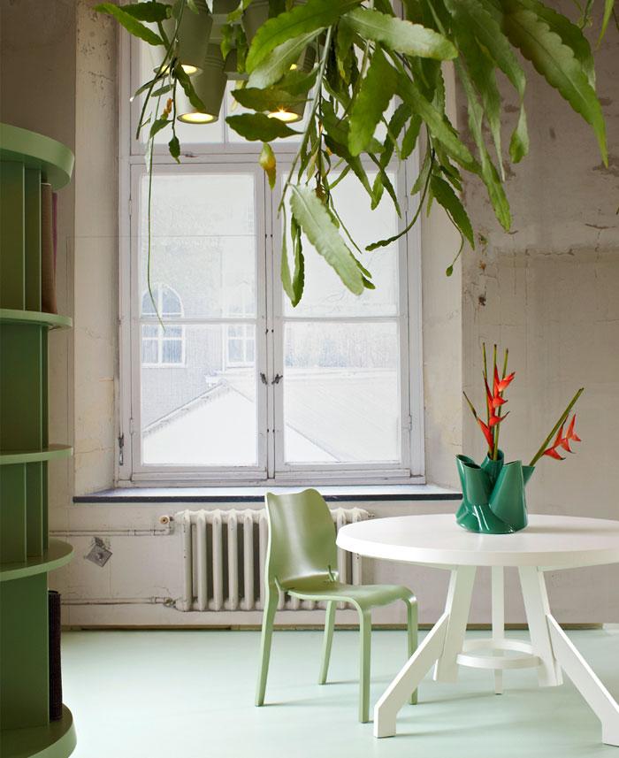 office-showroom-aluminum-lamp