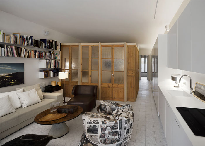 renovated-space-wooden-doors-separeted-living-room