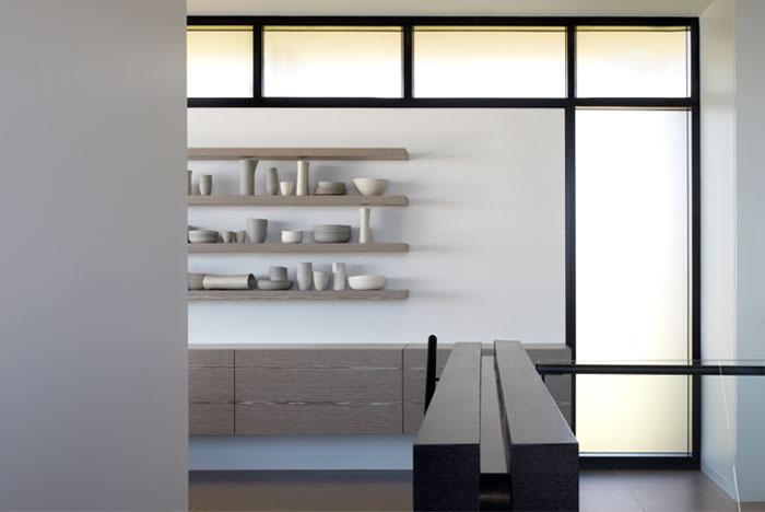 white-grey-color-scheme-decor