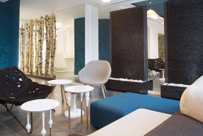 hotel-interior-playful-cozy-loby-decor