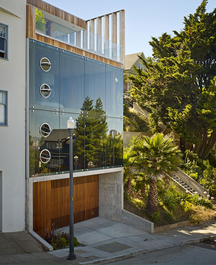 modern-house-located-san-francisco-hills