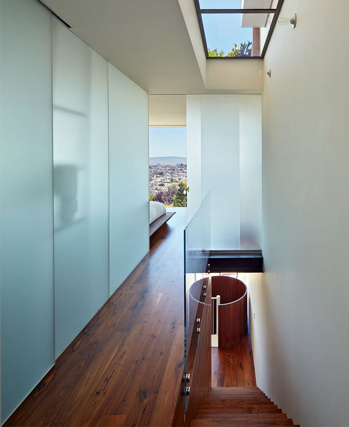 modern-house-stairway