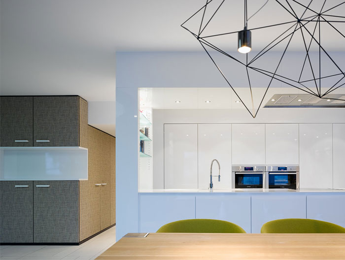 stylish-apartment-fantastic-kitchen