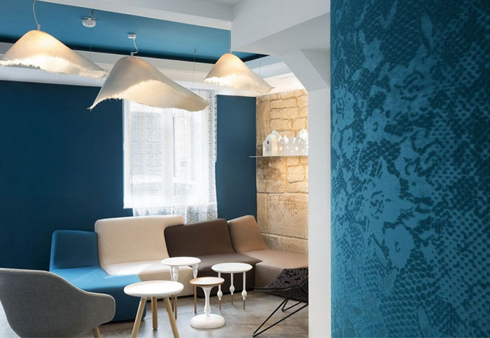 trendy-hotel-loby-wallpaper-decor