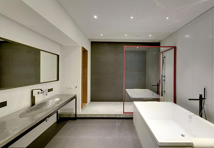 16th-apartment-clean-modern-bathroom-decor