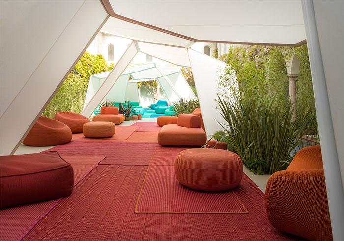 elegant-outdoor-furniture