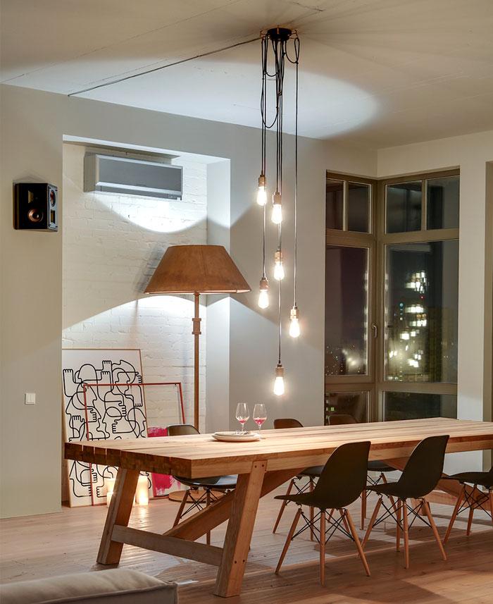 group-exposed-bulbs