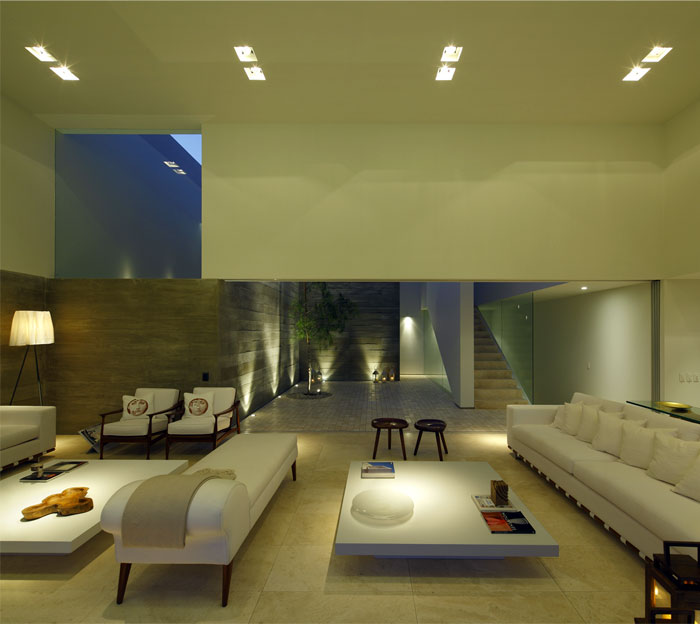 living-area-natural-materials-textures-soft-earthly-color