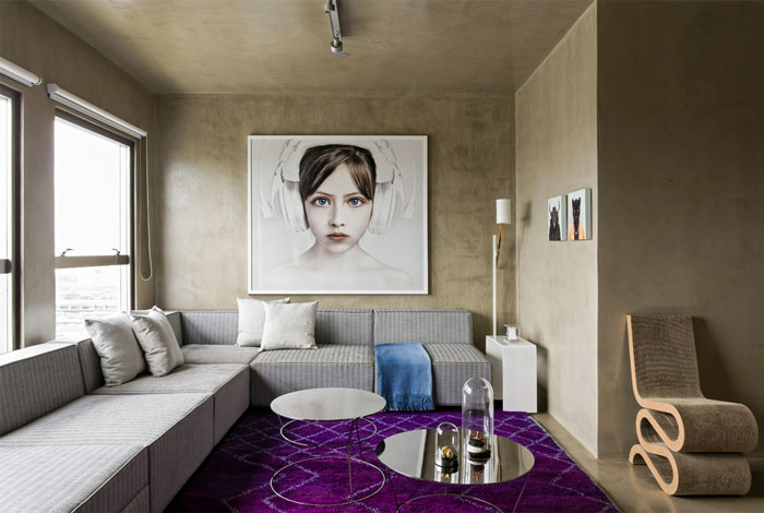 Loft interior design in beige and purple interiorzine - Beige and purple living room ...