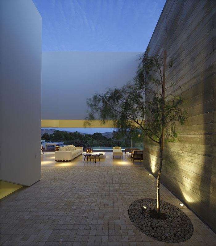 open-space-interesting-curves-angles