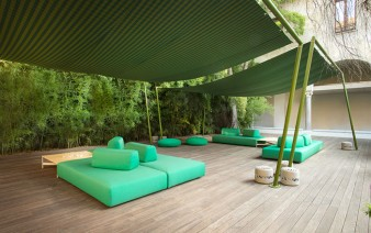 outdoor-long-lasting-furniture