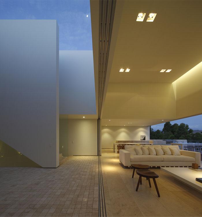 reception-area-patio-1