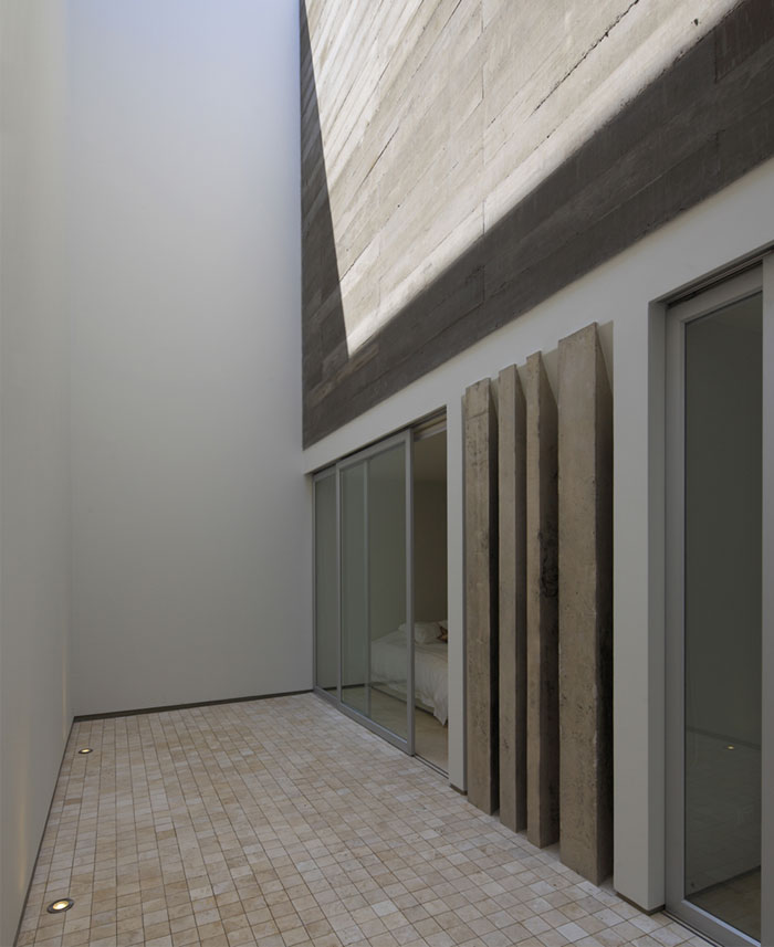 simple-authoritarian-concept-white-walls-cement