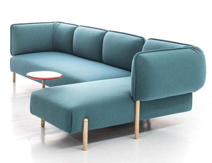 Linh hoạt hiện đại Modular sofa bởi Patricia Urquiola màu sắc tươi sáng làm tròn hình dạng sofa