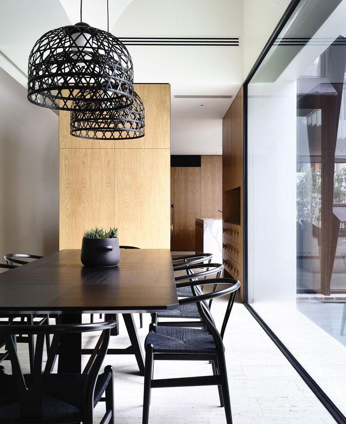 Thanh lịch Residence Victoria Kennedy bởi Nolan Kiến trúc sư gỗ tối màu phòng lỏng đặc trưng tạo