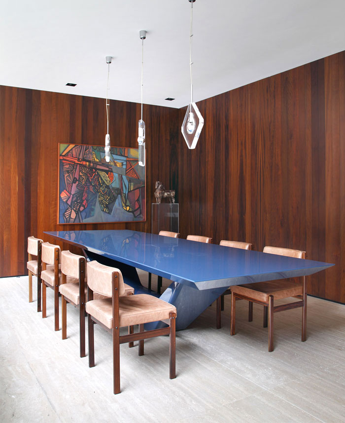 dining-area-strong-vintage-presents
