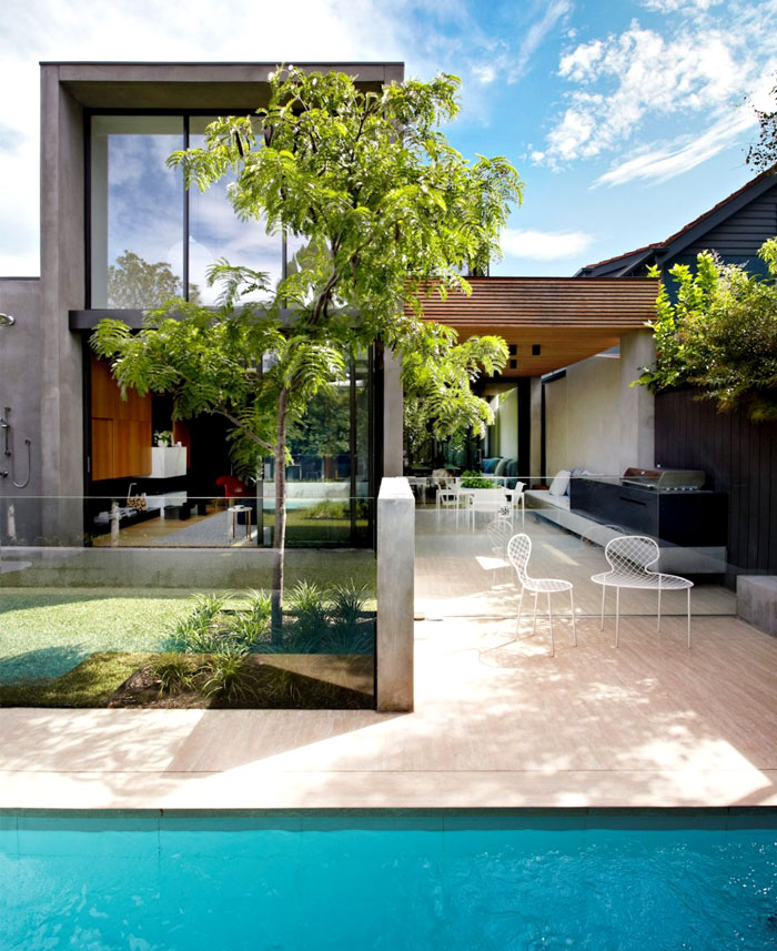 house-construction-design-natural-organic-material