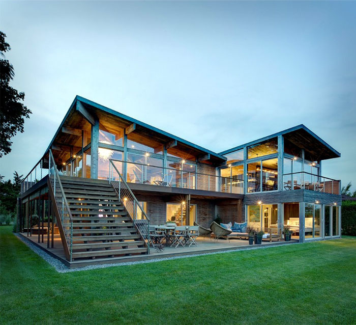 Elegant Eco-Friendly Beach Residence