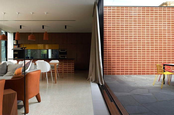 new-charming-brick-house-dining-area