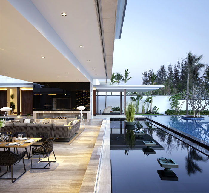 Luxurious Spacious Villas With Pool InteriorZine