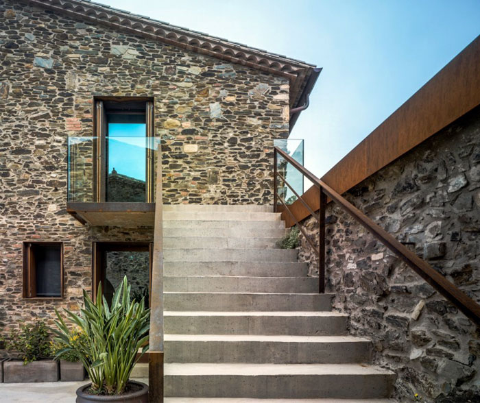 old-catalan-farmhouse