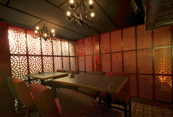 walls-made-lace