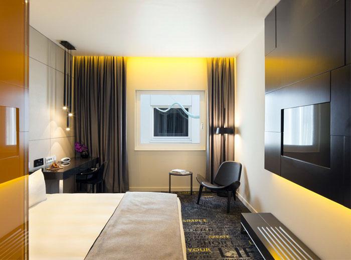 art-hotel-amsterdam-bedroom