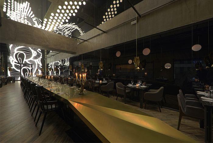 asian-restaurant-modern-light-installation