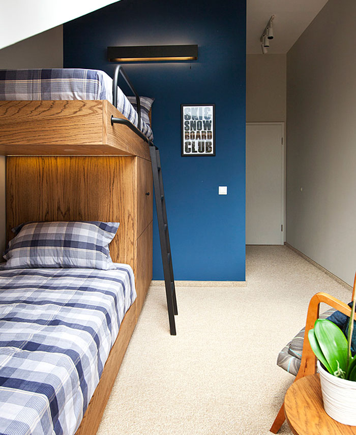 bedroom-small-loft-aparment